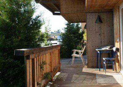 Auszeithütten: Terrasse in der Abendsonne....
